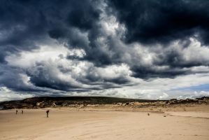 Heavy clouds by StonyStoneIsStoned2