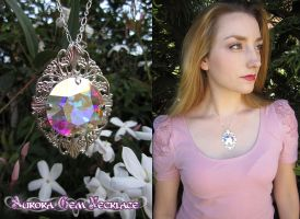 Aurora Gem Necklace by Lillyxandra