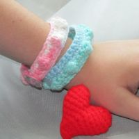 Bobble bracelet and 3D heart Brooch by oywiththeplushies