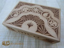 Commander deck box by alesthewoodcarver