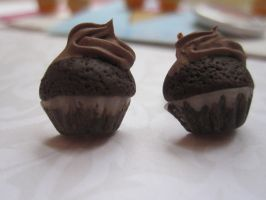 chocolate cupcake studs by CandyChick