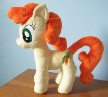 Carrot Top Plush by PlushieScraleos