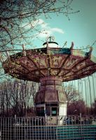 Carousel by cr1ms0n13