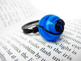 Blue Spiral Wire Wrapped Ring by pila12903