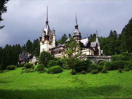 Peles Castle by DharmaInt
