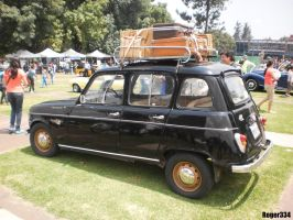 1965 Renault R4 (Side View) by Roger334