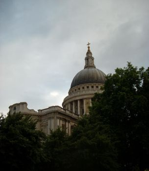 St Pauls Cathedral by noheanaka