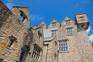 Donegal Castle I - HDR by somadjinn