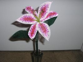 Beaded stargazer lily by SuperClarkie