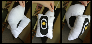 GLaDOS Plush by Bepbo