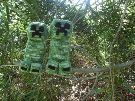 Creepers In A Tree by HeavensLastHope