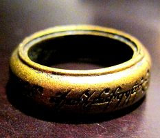 One ring to rule them all by xXxreally-bizarrexXx
