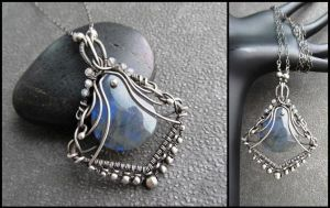 labradorite and silver necklace by annie-jewelry