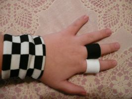 Roxas Wrist Band and Rings by Hippo567