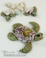 Turtle and babies by TinfoilHalo