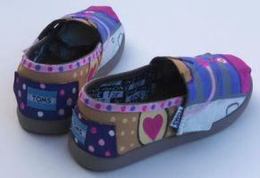 DocMcStuffens painted custom shoes for tots by Ceil