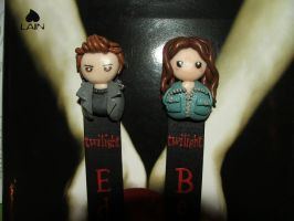 Twilight Bookmarks close-up by Libellulina