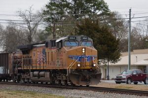 UP 6062 on Point by CSX5344