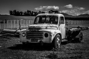 Abandoned Truck 5 by PauloHod