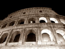 Moon and Colosseo, Roma by rumorenelvento