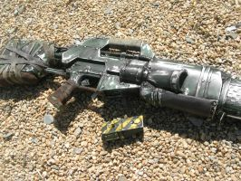 Plasma Rifle with Battery Pack by RyanBraund