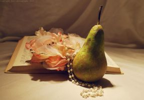 Day 145 Still Life with Pear by Sato-photography