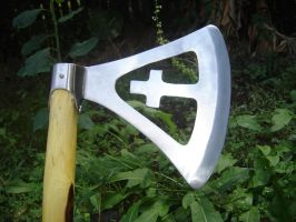 Parade axe head by Edwulff