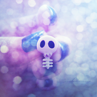 skully by crackedbliss