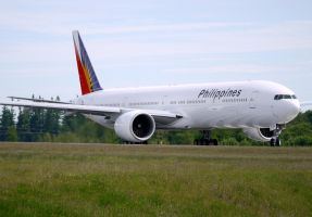 Boeing 777 Philippines by shelbs2