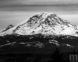 mt. rainier does stick out by stranj