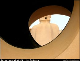Barcelona shot 6 : la Pedrera by mr-anf