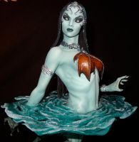 Gallavarbe Death's Siren close-up by MarkNewman