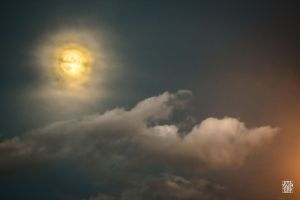Yellow moon by sylvaincollet