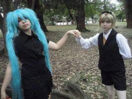 Lady and Servant - VOCALOID by miyuki-chan8D
