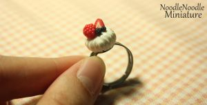 Berries and cream ring by NoodleNoodles