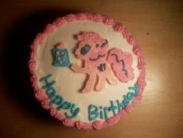 Pinkie pie cake by Fluttercakes