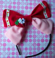ama lolita strawberry bow by missyellowlove