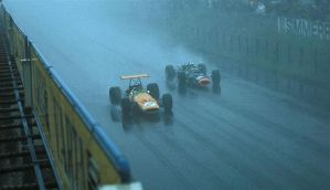 Bruce McLaren | Richard Attwood (Germany 1968) by F1-history