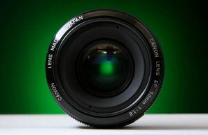 Canon 50mm f1.8 front by duronboy