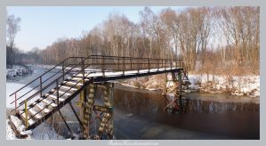Old Bridge Pano by IndianRain