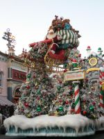 Here Comes Santa Claus by disneyland-stock