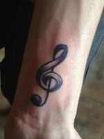 Treble clef by jessicore666