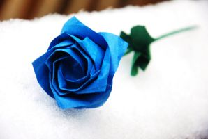 Royal Blue Origami Rose by lisadeng