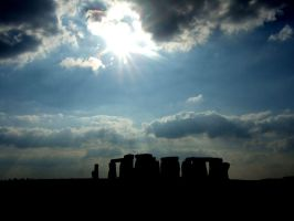 Stonehenge's Silhouette by why-try-any-longer