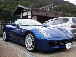 Ferrari 599 in Japan by overmoder