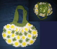 Daisy Purse by Ginger-PolitiCat
