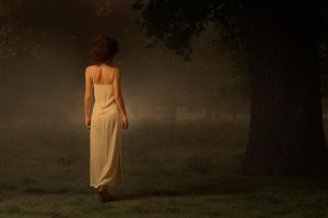The Woman in White by raufino