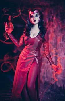 Scarlet Witch - Uncanny Avengers Cosplay by NashCosplay