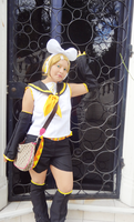 Cosplay Rin Kagamine by HollyMotto