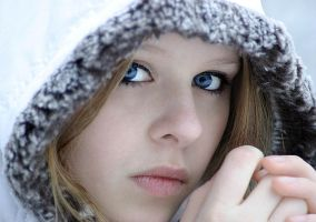 cold eyes by rachor-photography